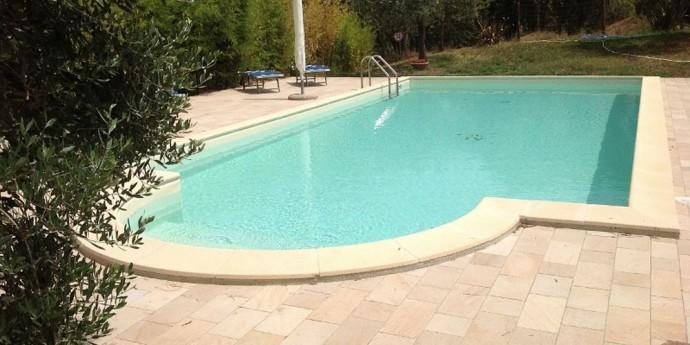 Agriturismo con piscina vicino Roma, Agrimerlano