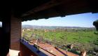 Il panorama di cui si gode da una delle camere dell'Agriturismo Merlano
